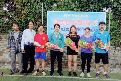 Công đoàn Trường THPT Phan Chu Trinh tổ chức các hoạt động chào mừng ngày Nhà giáo Việt Nam 20-11