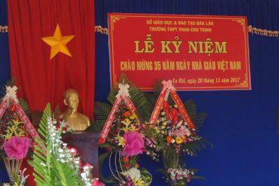 Lễ kỷ niệm 35 năm ngày Nhà giáo Việt Nam 20-11 Trường THPT Phan Chu Trinh