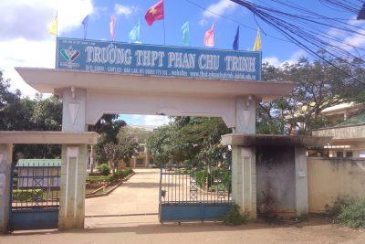 Video chặng đường 12 năm hình thành và phát triển của Trường THPT Phan Chu Trinh 2005 – 2017